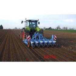 Трактор идеальные партнер в сельских хозяйствах